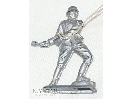 Figurka KWHW 1940 Infanterist,handgranatenwerfend