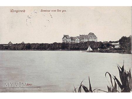 Wągrowiec widok na seminarium z jeziora