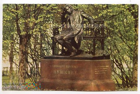 Puszkin - Pomnik Puszkina - 1966