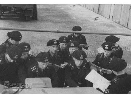 1. Aufklärungs-Abteilung ; szkolenie i czas wolny