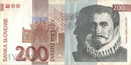 Słowenia - 200 tolarów (2001)