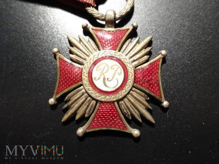 Duże zdjęcie Srebrny Krzyż Zasługi - wyk. Wiktor Gontarczyk