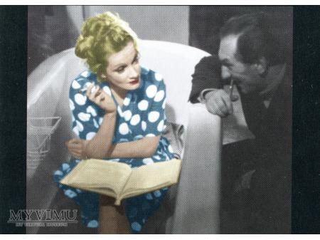 Marlene Dietrich w wannie z papierosem postcard