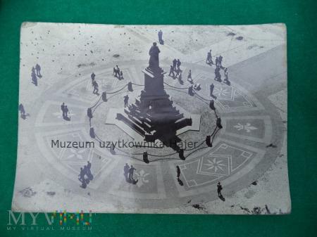 Duże zdjęcie KRAKÓW - Pomnik Mickiewicza widziany z wieży