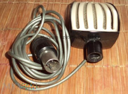 Stary mikrofon bakelitowy