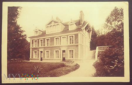 Dom św.Teresy z Lisieux.