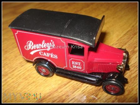 1920 Ford T Van Bewley's tea & coffee
