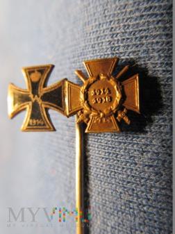 Eisernes Kreuz und Ehrenkreuz mit Schwertern