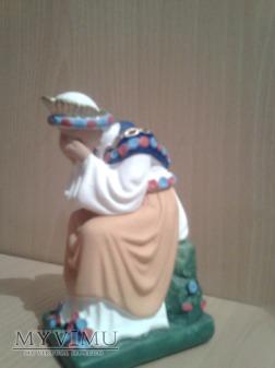 gipsowa figurka Matki Bożej