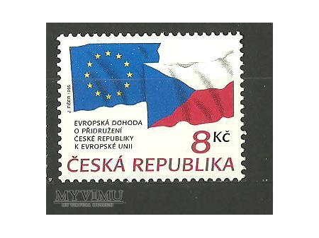 Československá a česká vlajka.