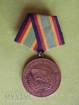 Medaille für treue Dienste der NVA brązowy