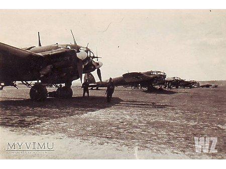 He111 na lotnisku polowym (1)