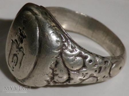 Herb Dołęga-sygnet pieczętny srebrny