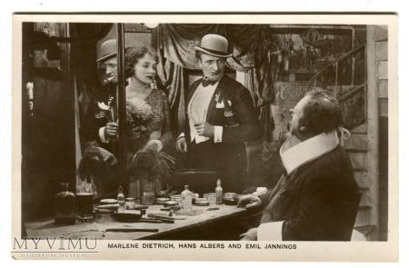 Marlene Dietrich Picturegoer nr 521