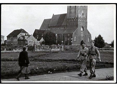 Duże zdjęcie Z życia topografa 084 - PRL