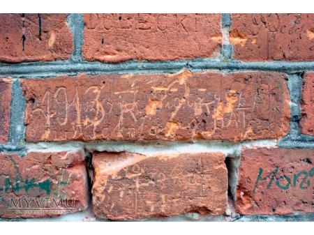 """""""Stara Prochownia"""" - budynek B - inskrypcja #010"""