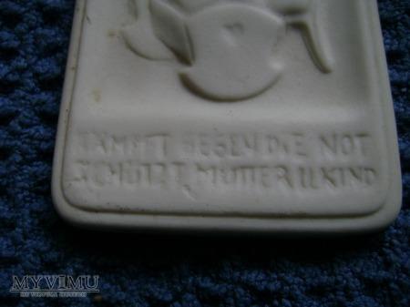 Porcelanowa odznaka Matka i dziecko 1935