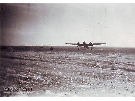 Duże zdjęcie Ju88 na lotnisku polowym