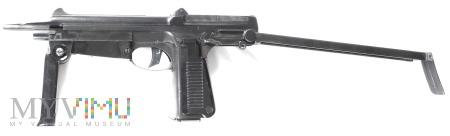 Pistolet maszynowy PM-63
