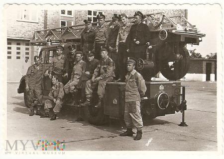 Duże zdjęcie Strażacy-9x9.a