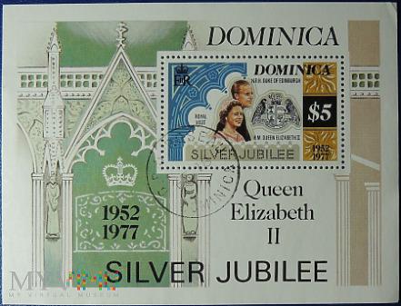Dominika 5$ Elżbieta II