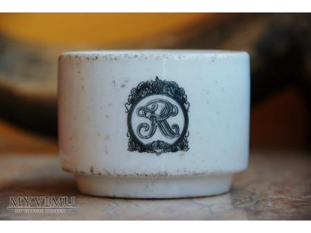 Filiżanka z monogramem RK