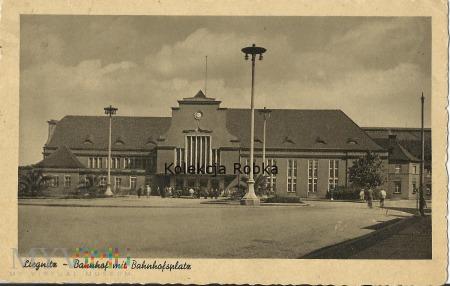 Duże zdjęcie Liegnitz - Bahnhof mit Bahnhofsplatz