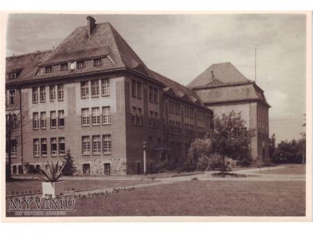 Szkoła przy ulicy Kościuszki w Wągrowcu - koszary