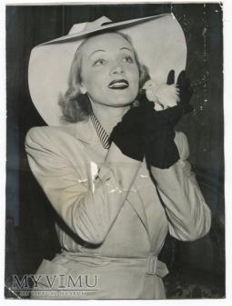 1942 Marlene Dietrich i biały bażant New York