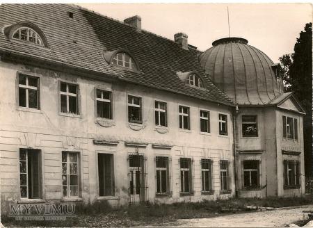 PALAC KLASYCYSTYCZNY W MILICZ 1961
