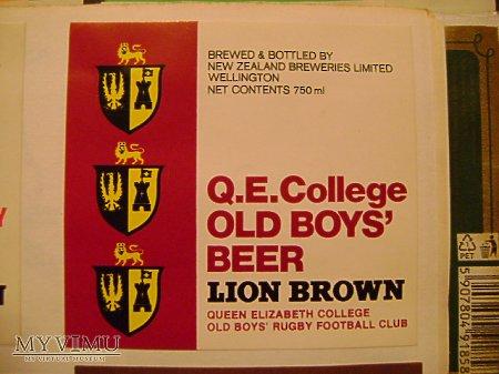 LION BROWN