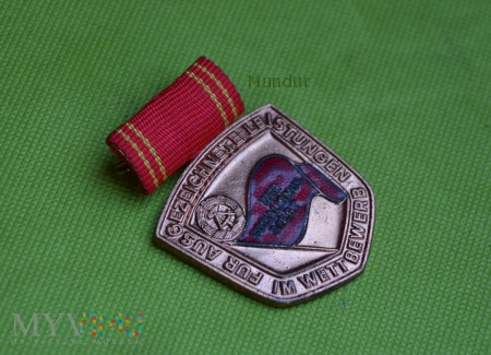Medal für ausgezeichnete Leistungen im Wettbewerb