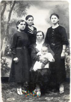Siostry Ostatkiewicz