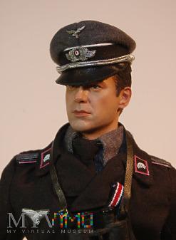Leutenant z Fallshirm- Panzer Division