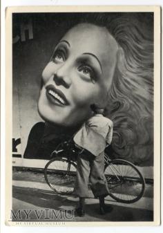 Marlene Dietrich MARLENA Gilbert Brassaï rower