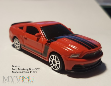 90. Ford Mustang