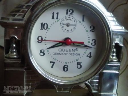 Budzik Queen