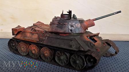 T-34-76 1943 fabr. 112 Krassnoje Sormowo