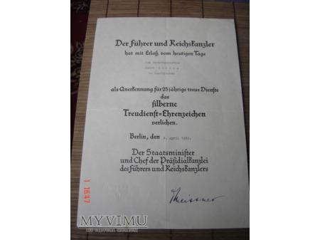 Duże zdjęcie Treudienst-Ehrenzeichen 2. Stufe für 25 Jahre