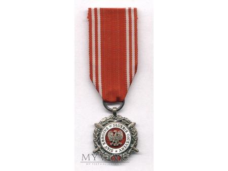 Medal Siły Zbrojne w Służbie Ojczyzny-srebrny
