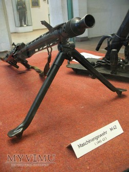 Duże zdjęcie MG42