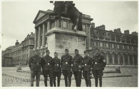 Niemcy w Paryżu