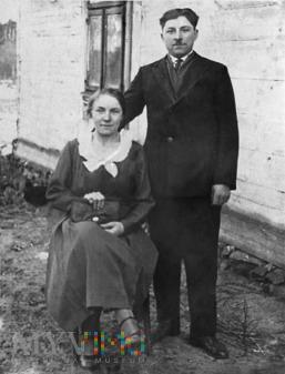 Aleksander Ostatkiewicz z żoną Bronisławą