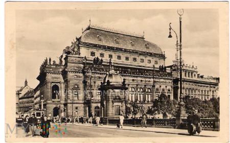 Duże zdjęcie Praha - Teatr Narodowy - 1947
