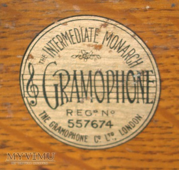 Gramophone Monarch Inermediate