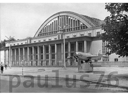 Jak-23, Łódź