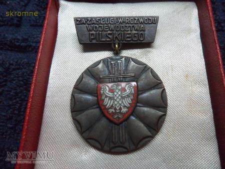 Medal Za Zasługi w Rozwoju woj. pilskiego