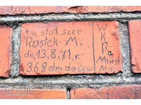 """Duże zdjęcie """"Stara Prochownia"""" - budynek A - inskrypcja #040"""