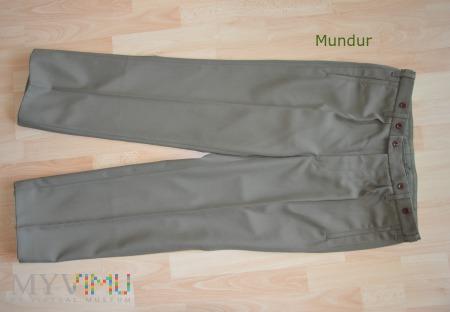 Spodnie wyjściowe wzór 92