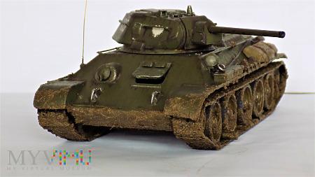 T-34-76 obr. 1942 fabr. 183 w Niżnim Tagile